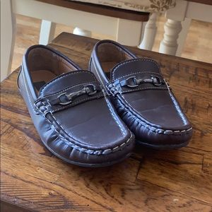 Boy's loafers shoes size 2 GUC Josmo brand
